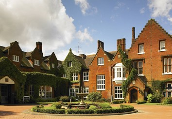 sprowston manor hotel and country club